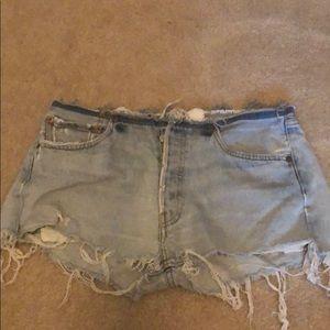 Vintage Levi shorts. Very short medium. Button up